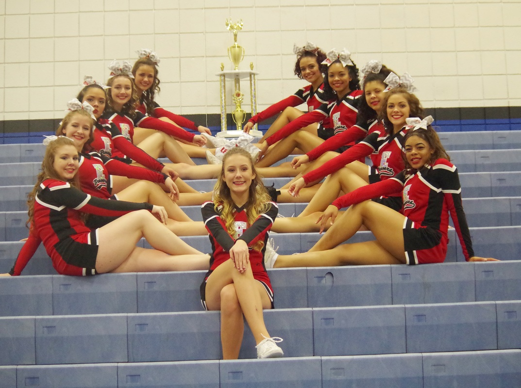 Elyria Cheer team
